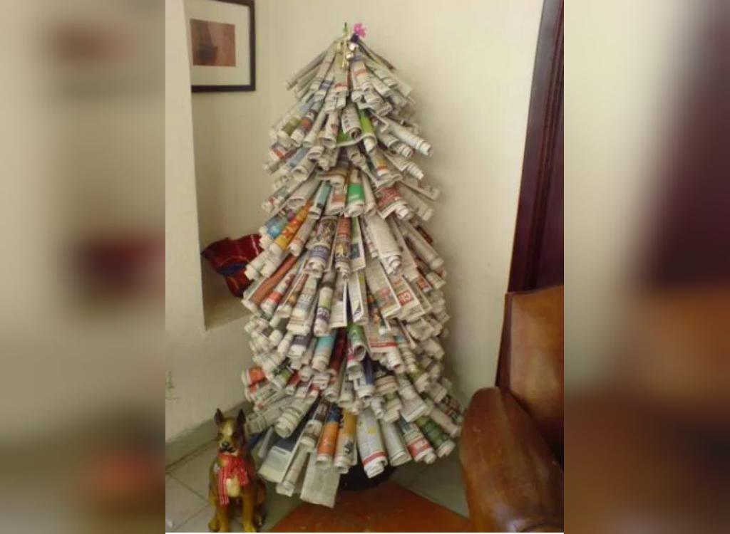 تزیین درخت کریسمس با روزنامه