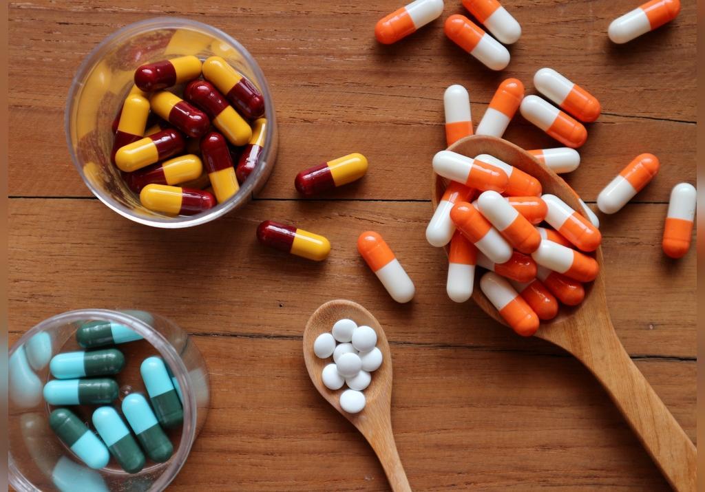تداخلات دارویی باکتریم