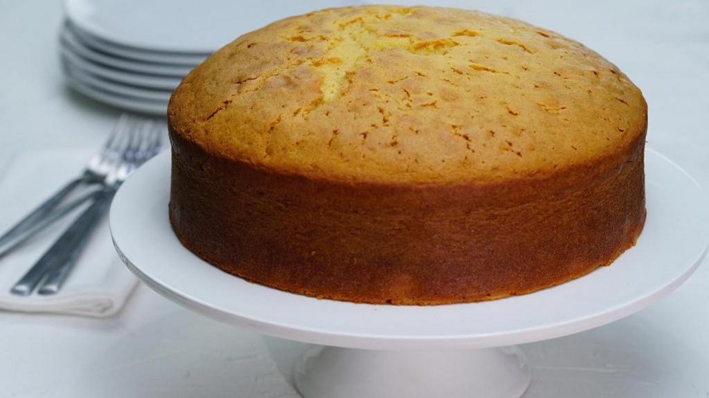 طرز تهیه کیک ساده وانیلی خانگی خوشمزه و با پف زیاد