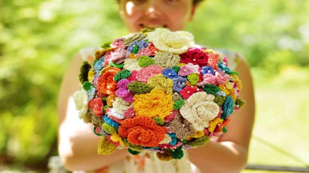 آموزش انواع بافت گل با قلاب و میل به همراه مدل گل بافتنی خاص