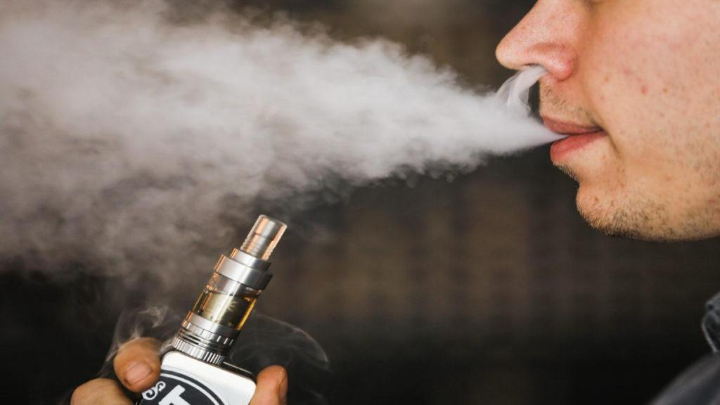 سیگار الکترونیکی: جایگزینی سالم بجای سیگار؟
