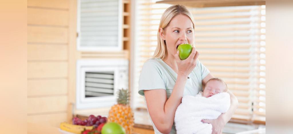 مراقبت بعد از زایمان، مصرف مواد غذایی