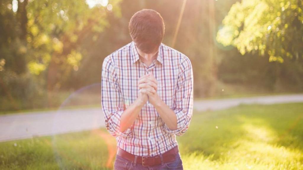 بهترین دعاها برای عزیز شدن نزد دیگران، معشوقه و خانواده شوهر