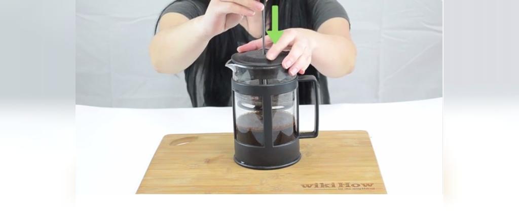 نحوه درست کردن قهوه بدون نیاز به قهوه جوش و دستگاه