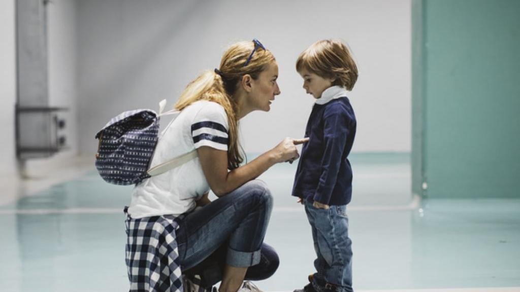 19 حرف ممنوعه و خطرناکی که هرگز نباید به کودک خود بگویید!