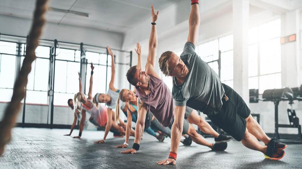 آموزش تمرین بدنسازی و تقویت قلب در خانه + تمرینات پلایومتریک
