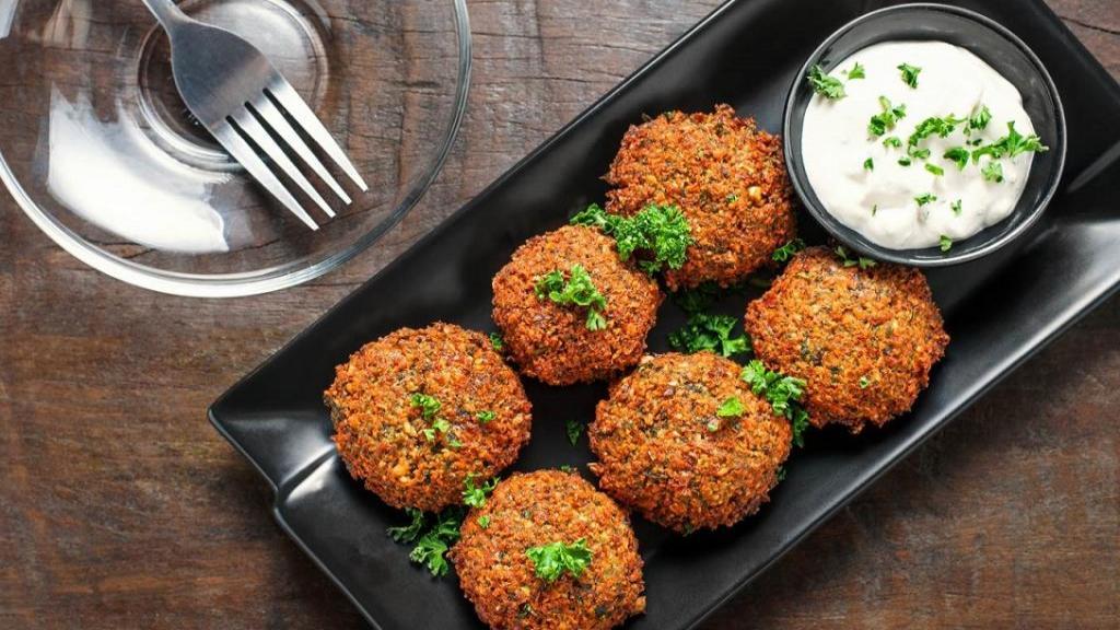طرز تهیه فلافل خوزستانی با سیب زمینی خوشمزه خانگی مثل ساندویچی