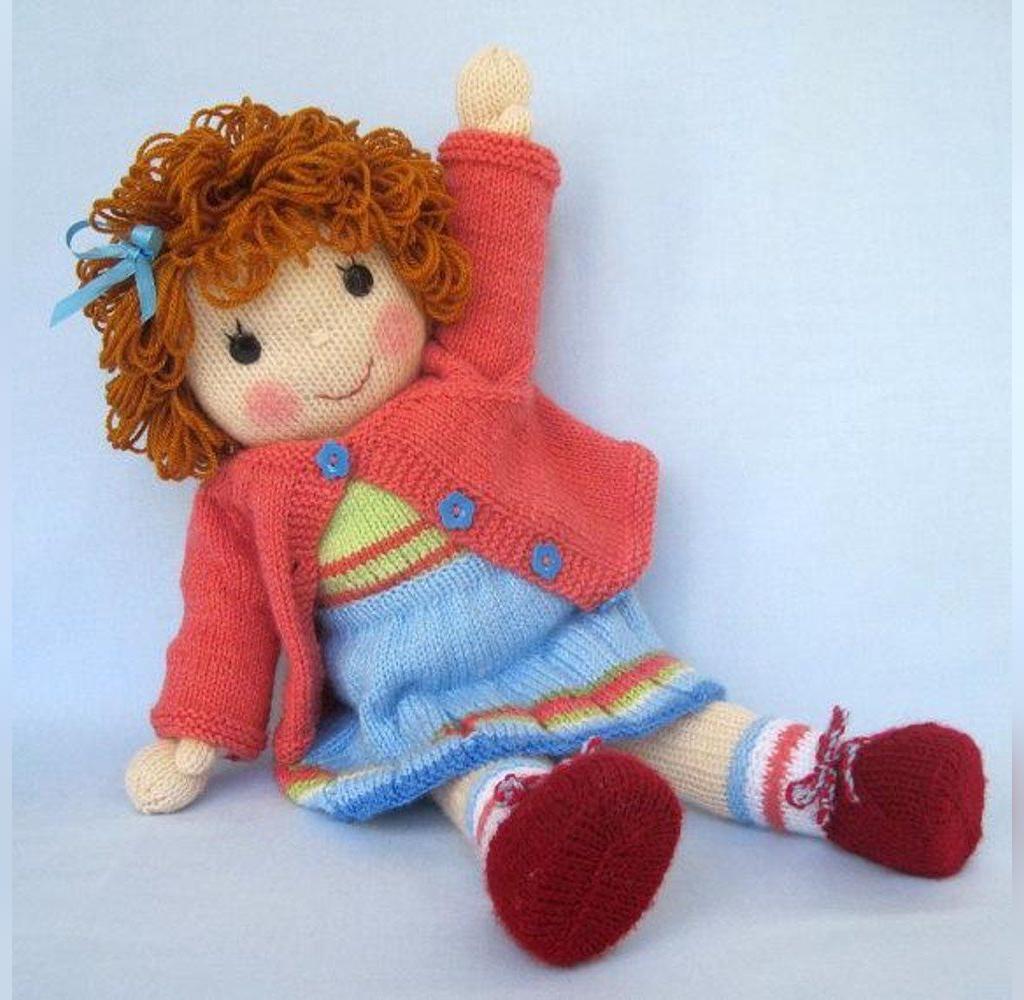 عکس عروسک بافتنی دختر بچه بازیگوش