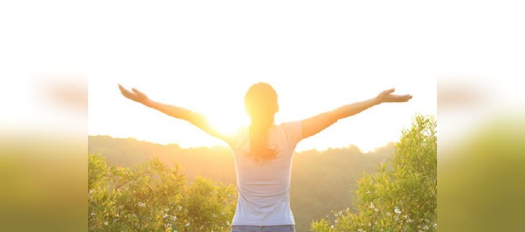 تمرکز بر نکات مثبت از روش های کنترل افسردگی بعد از قطع شیردهی