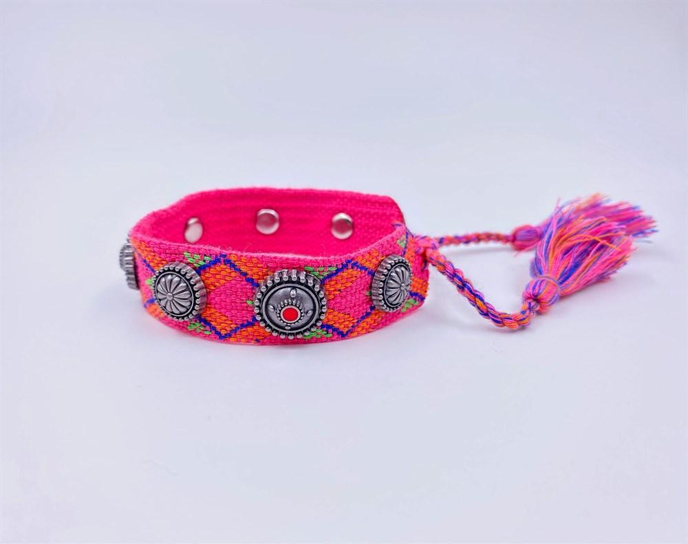 دستبند بافتنی دخترانه با مهره