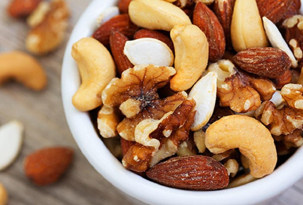 خوردن مغزها برای رفع گرفتگی عضلات