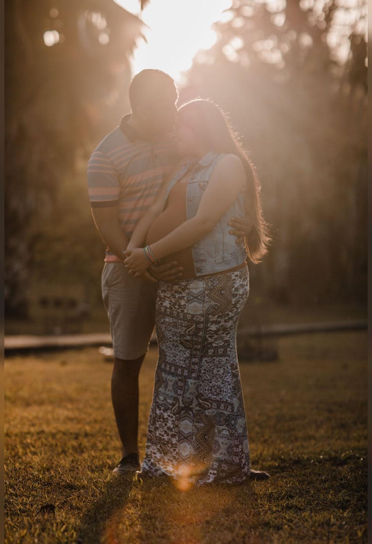 ایده عکس بارداری با همسر در طبیعت