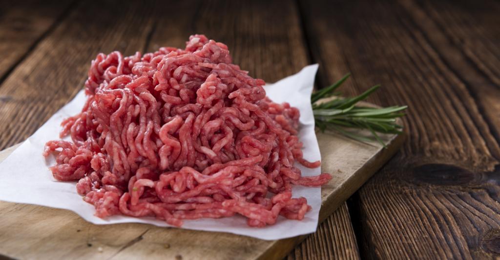 طرز تهیه رولت گوشت با گردو و زرشک