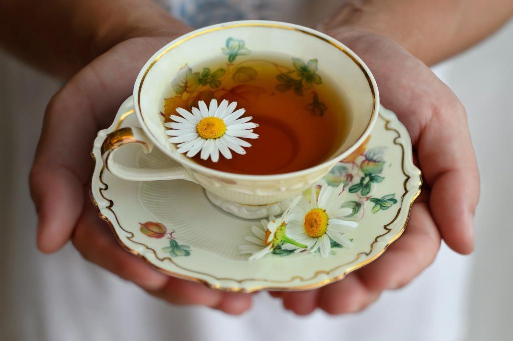 چای بابونه برای جلوگیری از PMS