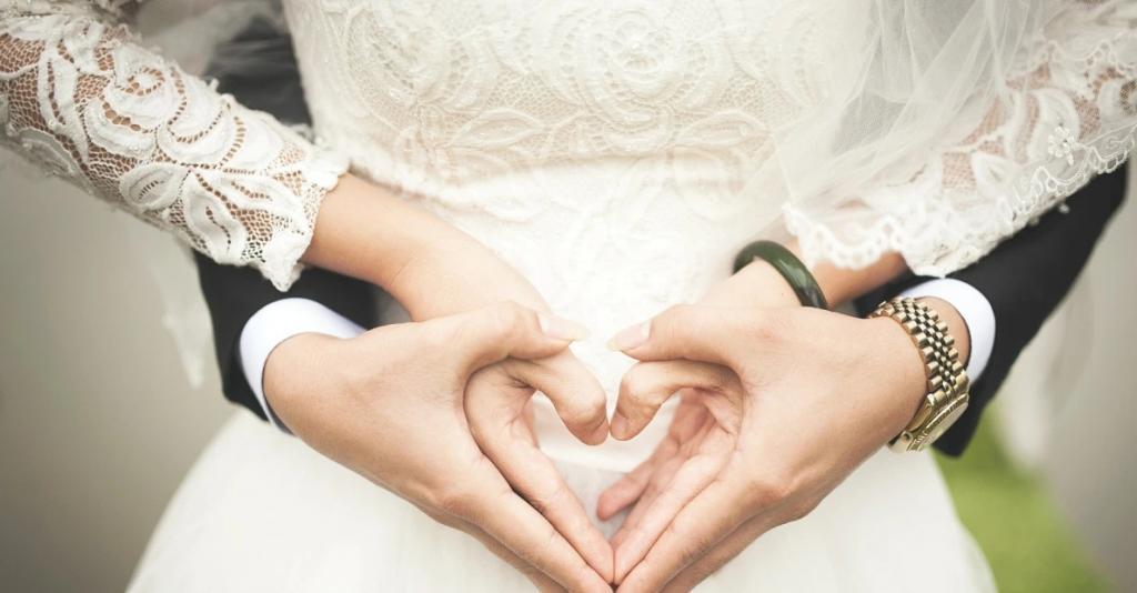 عکس ست دختر و پسر عاشقانه مدل قلب