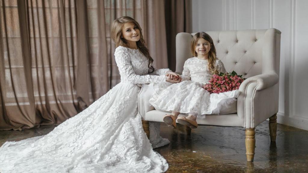 جدیدترین و زیباترین انواع ست لباس مادر و دختر: مجلسی و راحتی