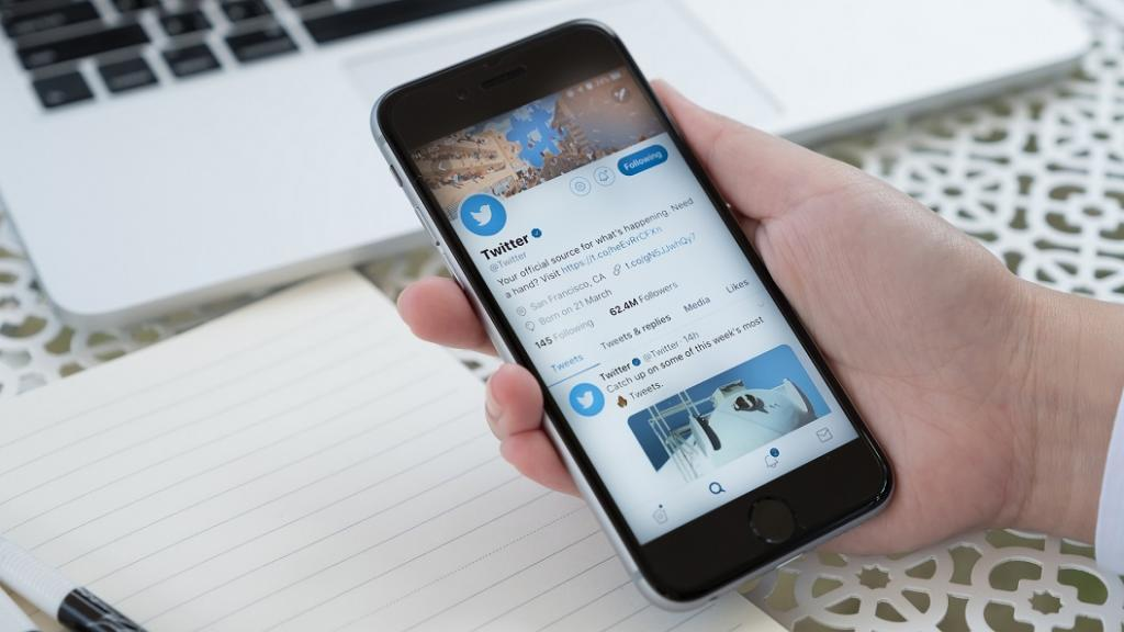 آموزش کار با توییتر برای مبتدیان ساده و گام به گام