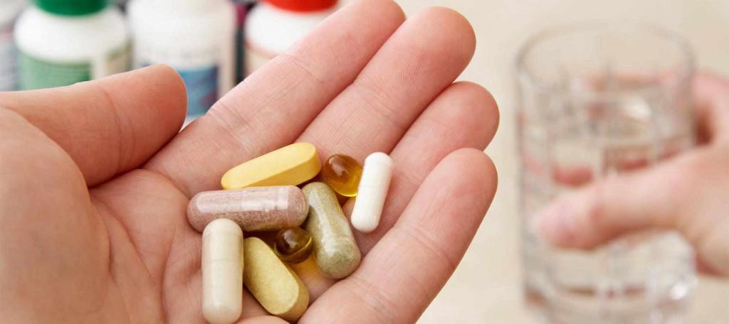 مصرف آنتی بیوتیک از روش های درمان گلودرد در خانه