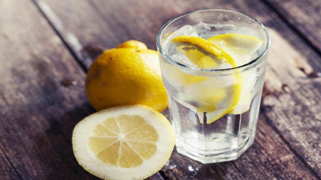 مزایای نوشیدن آب لیمو ترش برای سلامتی، کاهش وزن و سنگ کلیه