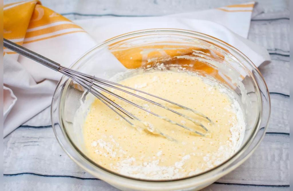 طرز تهیه کیک ماست ساده با پف زیاد