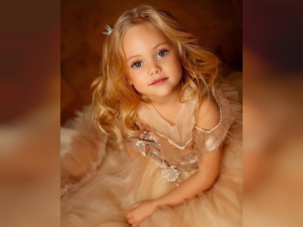 بهترین عکس ها از خوشگل ترین دختر بچه های جهان