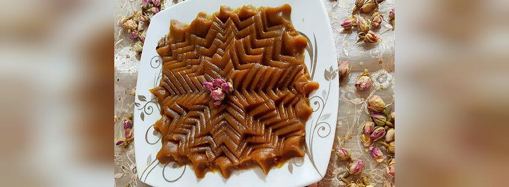 تزیین حلوا با سیخ کباب