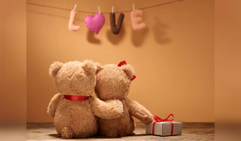 مناسب ترین پیام های تبریک سالگرد ازدواج به دوستان و اقوام