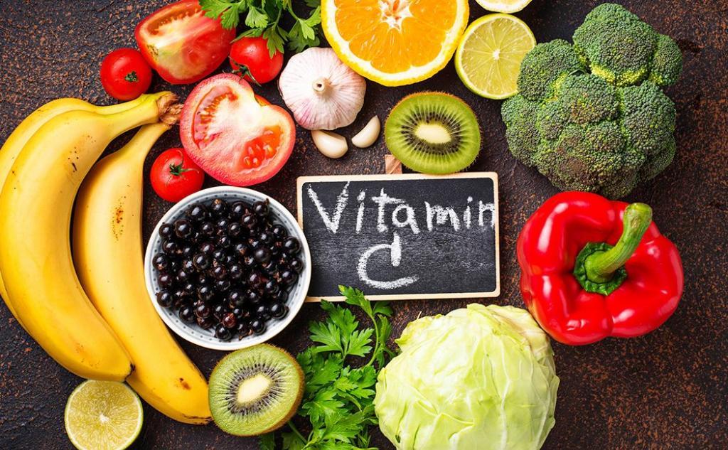 میوه هایی مناسب برای رفع  افتادگی سینه