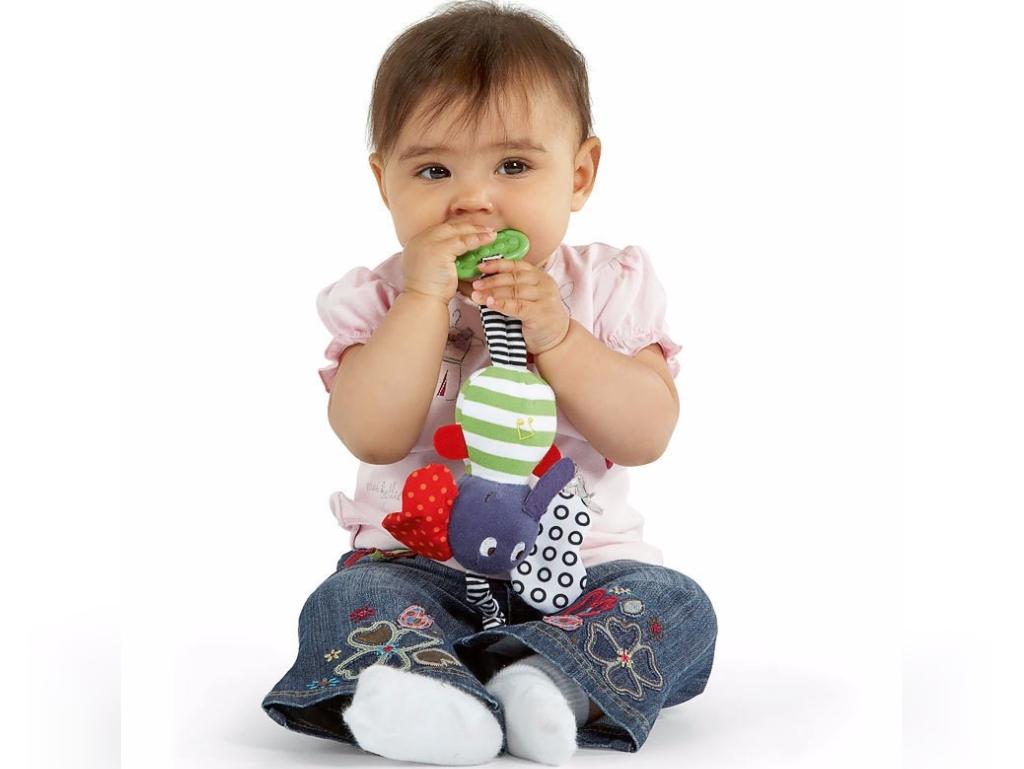 خرید اسباب بازی برای کودکان زیر یک سال