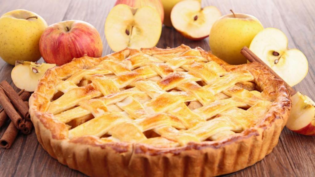 طرز تهیه پای سیب و دارچین خانگی ساده و خوشمزه به سبک قنادی