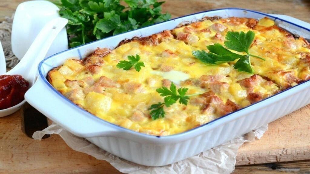 طرز تهیه گراتن مرغ و سیب زمینی خوشمزه و مجلسی در فر