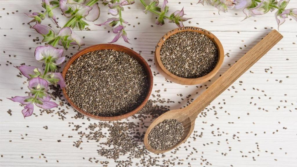 مضرات و خواص دانه چیا برای سلامتی و روش مصرف
