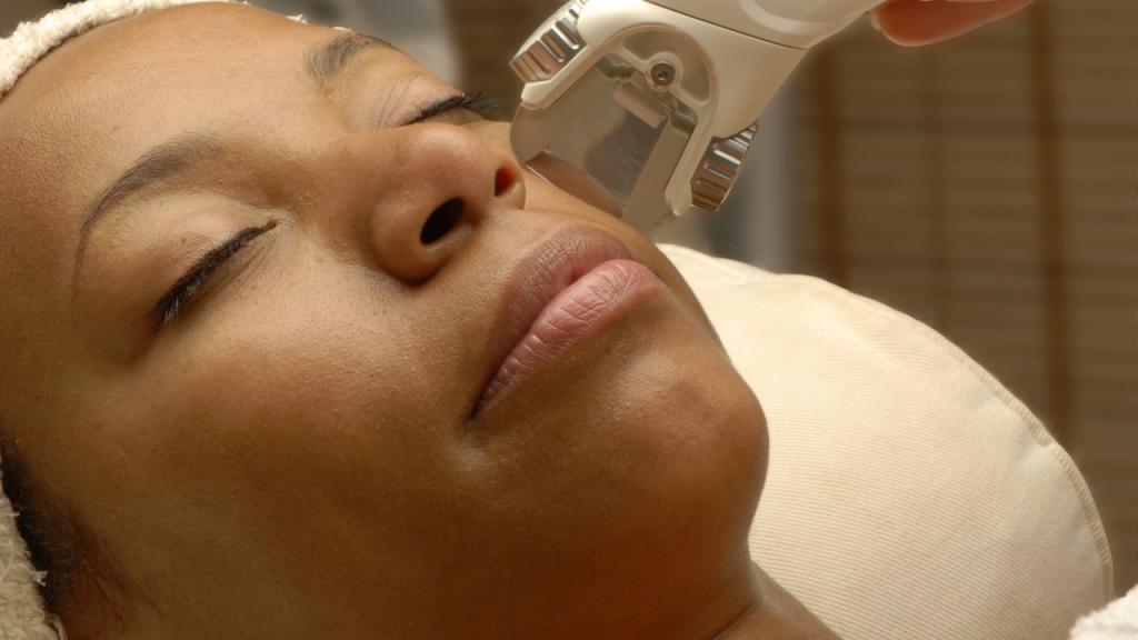 آیا لیزر کردن موهای زائد در طول بارداری خطرناک است؟