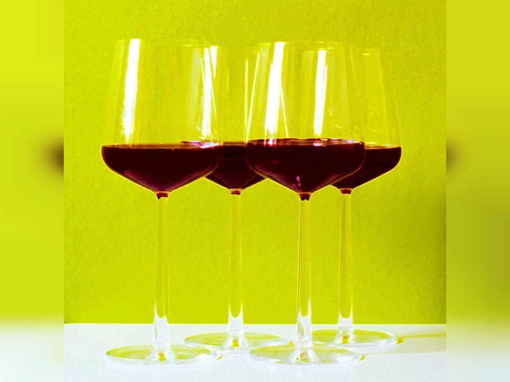 قبل از خون دادن، باید چه چیزی بخوریم و بنوشیم؟
