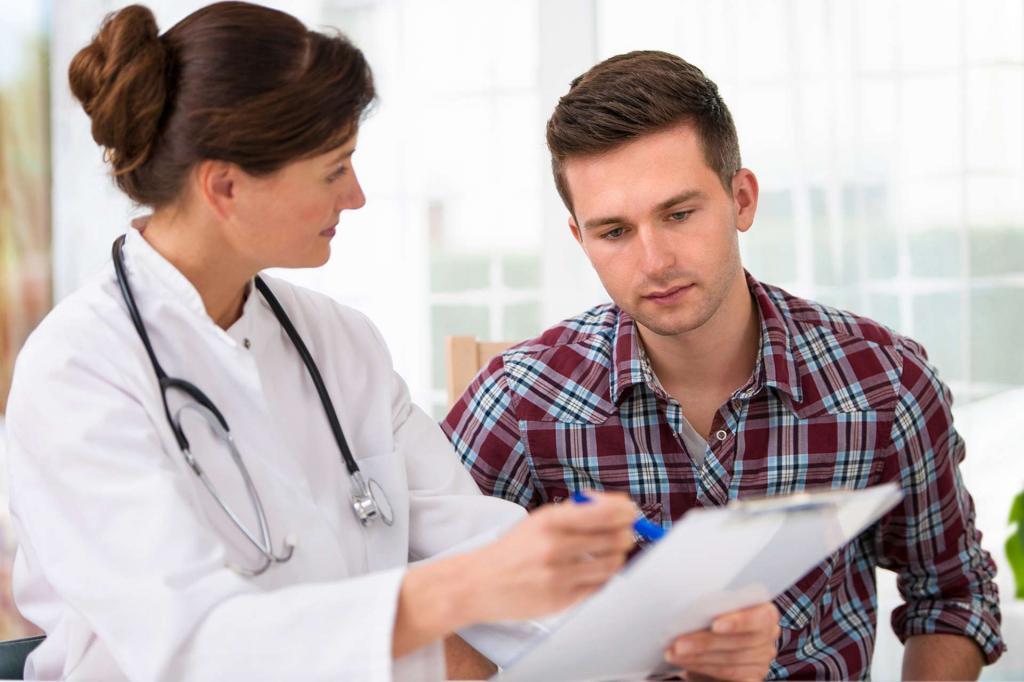 چه وقت باید برای زبان توت فرنگی به پزشک مراجعه کنید؟
