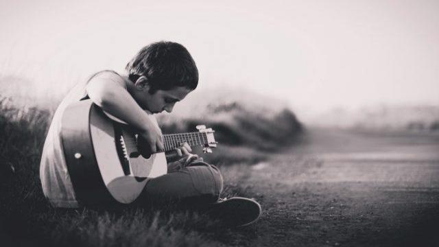 10 تا از بهترین سازهای موسیقی برای یادگیری کودکان