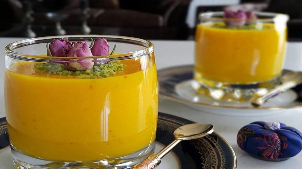 طرز تهیه مشکوفی زعفرانی مازندرانی خوشمزه با شیر و نشاسته