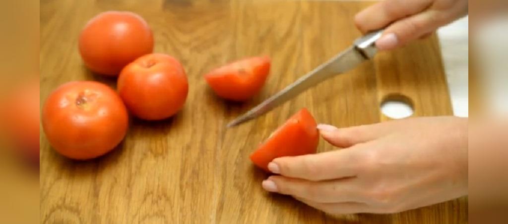 چگونه گوجه فرنگی را به مدت طولانی در فریزر نگهداری کنیم
