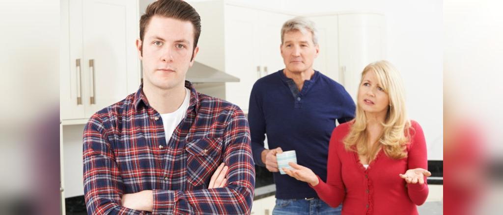 بایدها و نبایدهایی برای رهایی از وضعیتی که والدینتان با ازدواج شما موافق نیستند