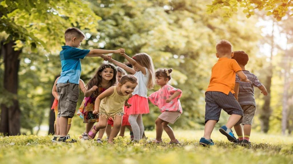 روش پیشگیری از ابتلا کودکان به کرونا در زمان بازی با دوستان