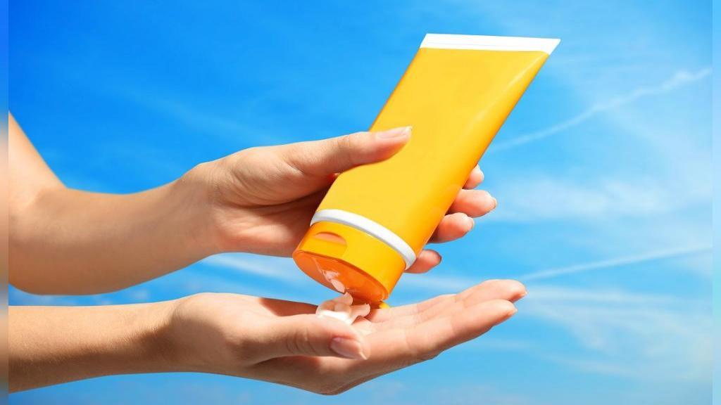 کرم های ضد آفتاب و نکاتی که در هنگام خرید آنها باید در نظر بگیریم