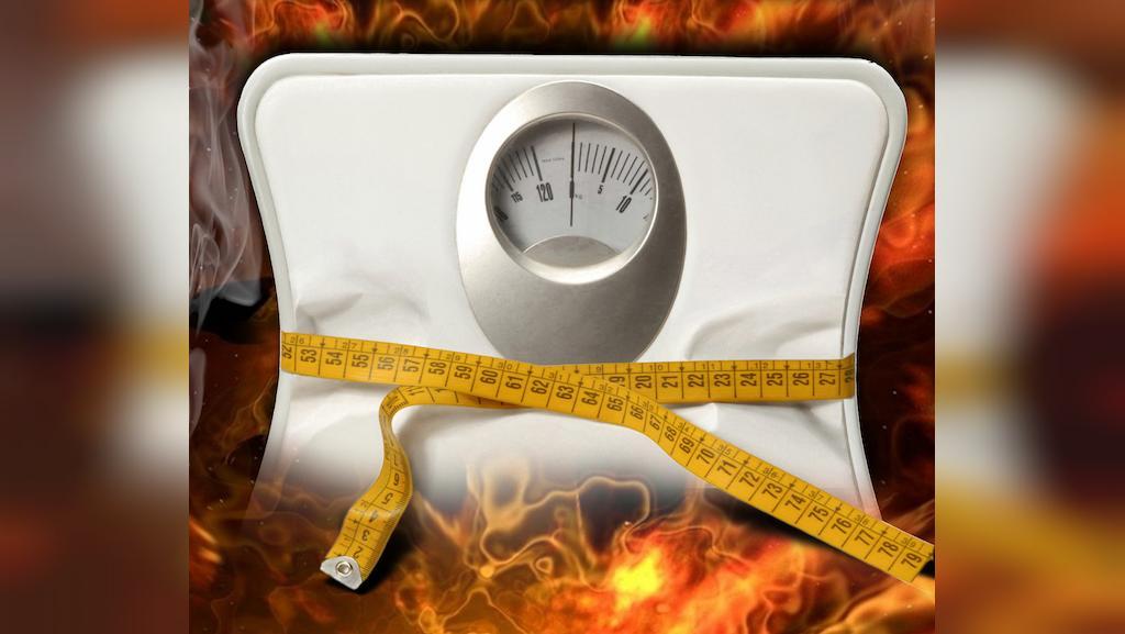 فواید برهنه خوابیدن برای لاغری و کاهش وزن