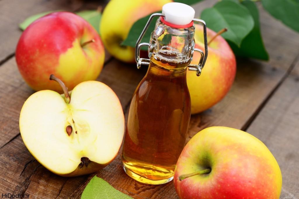 درمان جوش صورت با گلاب و سرکه سیب