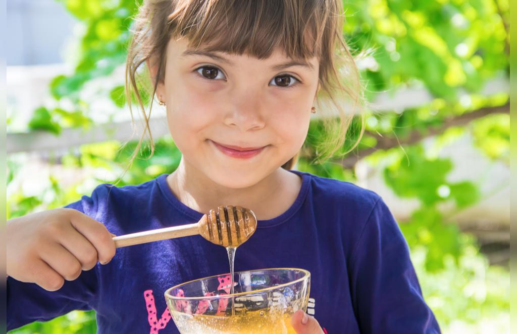 عسل مناسب برای افزایش وزن کودکان