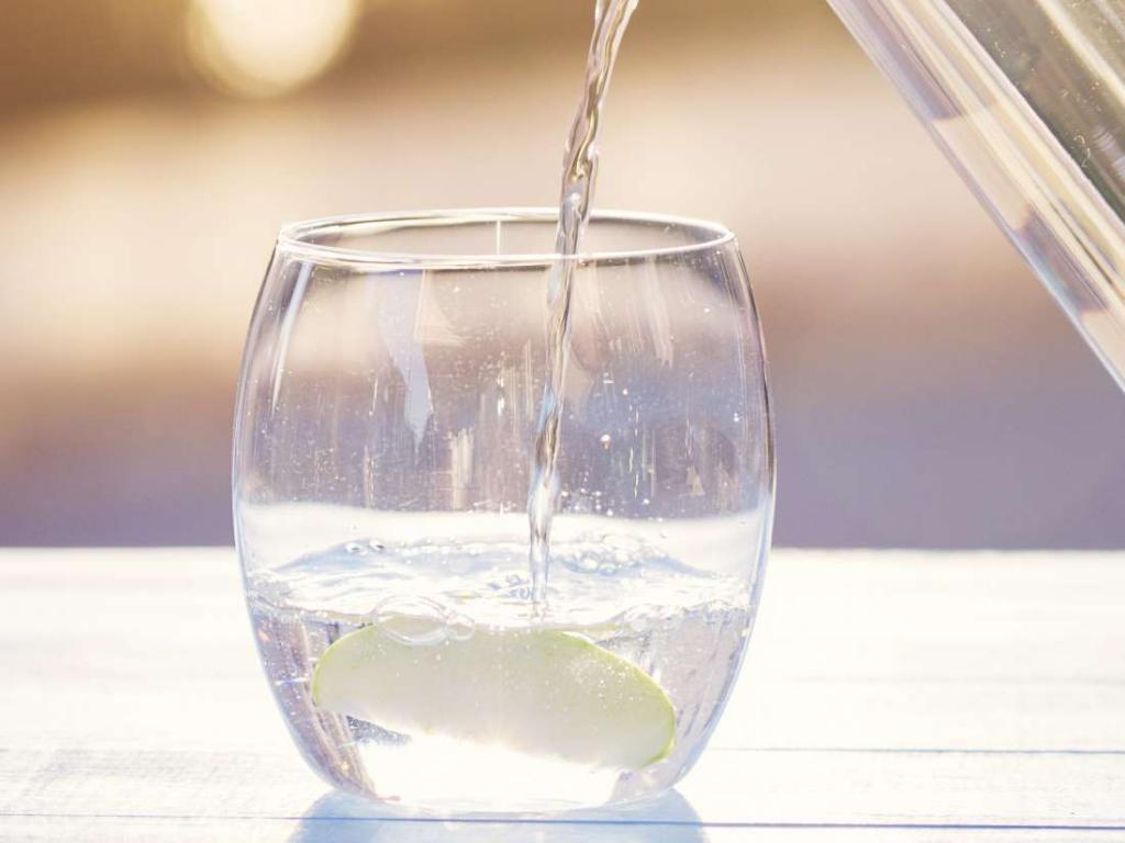 آب سرکوب کننده طبیعی اشتها است