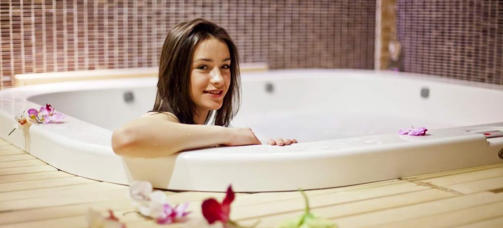 فواید حمام آب گرم در دوران بارداری