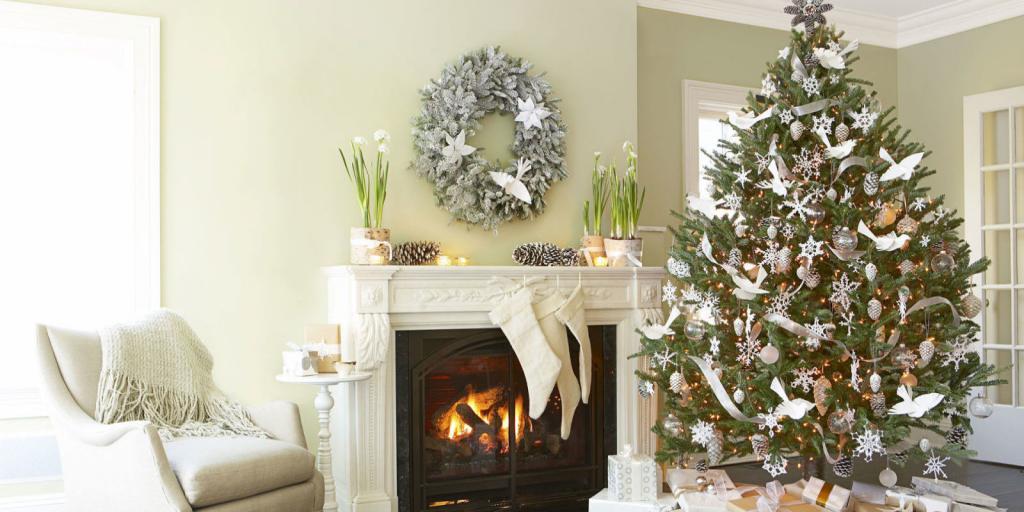 تزیین خاص درخت کریسمس با پرنده