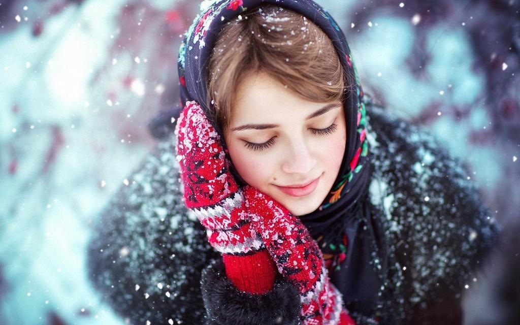 عکس دختر برفی برای پروفایل با حجاب