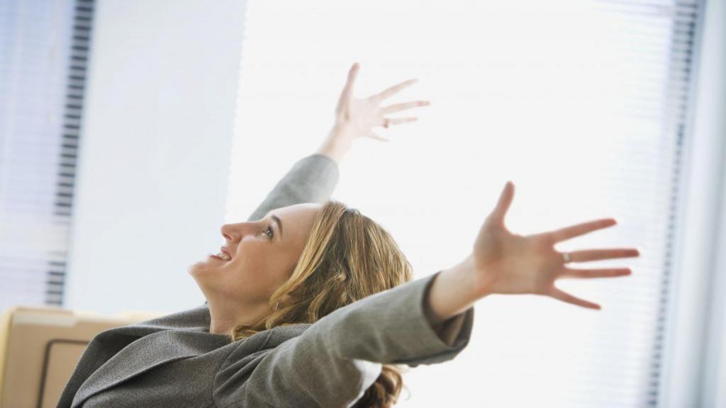 بهبود بخشیدن عزت نفس با 10 شیوه متفاوت، چگونه خود را دوست بداریم؟