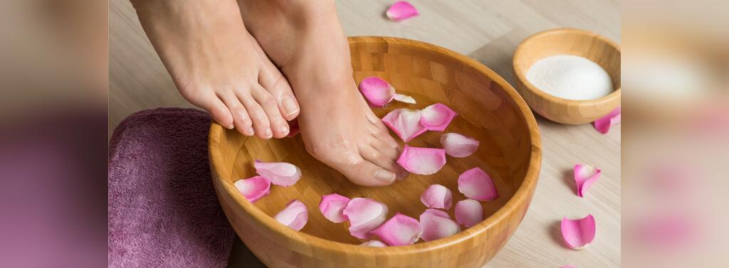 10 درمان خانگی ورم پاها در بارداری